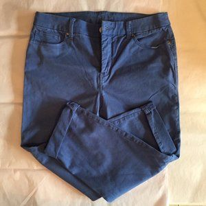 Blue Chico's So Lifting Crop Pants